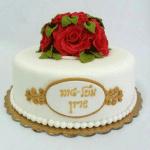 עוגה קלאסית אלגנטית