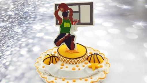 טופר קישוט לעוגה סוכריה שחקן כדורסל מבצק סוכר אכיל - דגם 2
