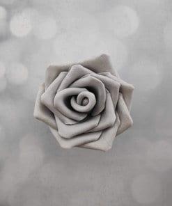 ורד גדול אכיל מבצק סוכר בצבע כסף