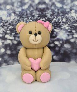 דובי מפוסל בנות